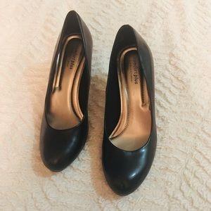 Comfort plus black heel